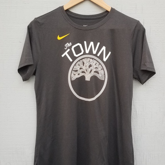 reputable site 3ab47 efed6 Nike- The Town Dri Fit Shirt Oakland Warriors
